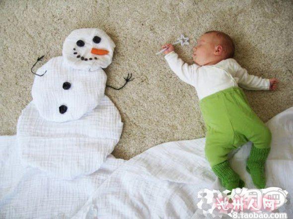 一位外国妈妈给宝宝照的生活照