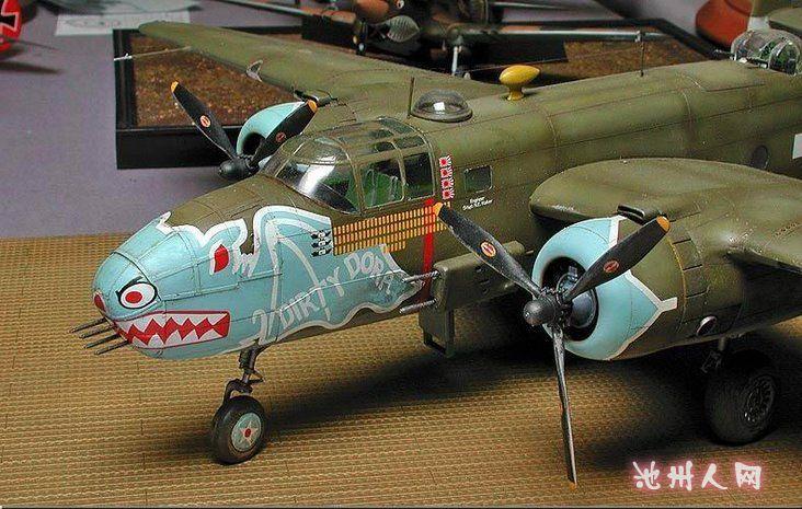 第十八张:德国的子母遥控飞机