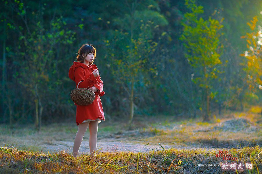 《童话镇》第一季 小红帽