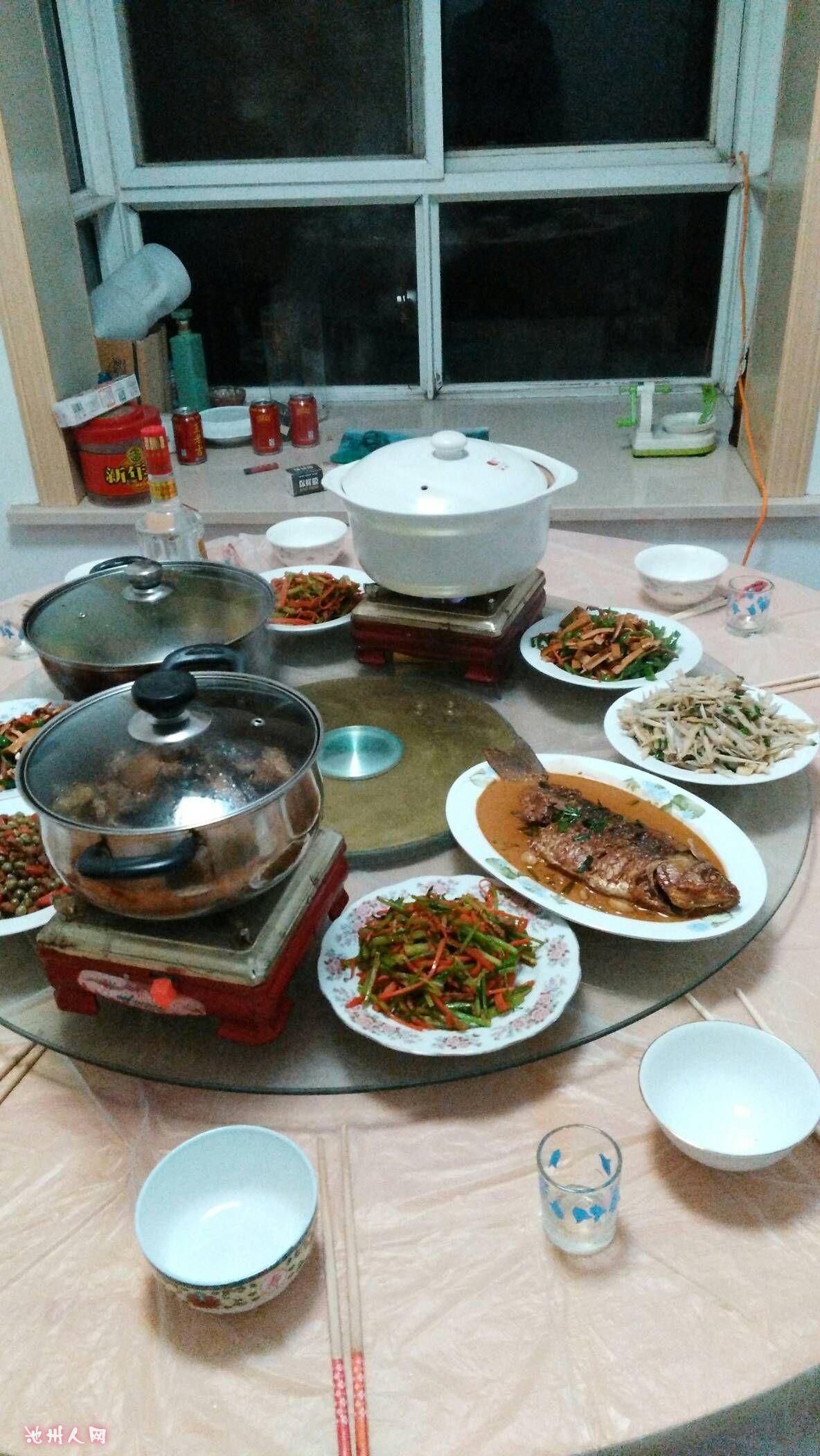 新年家庭聚餐