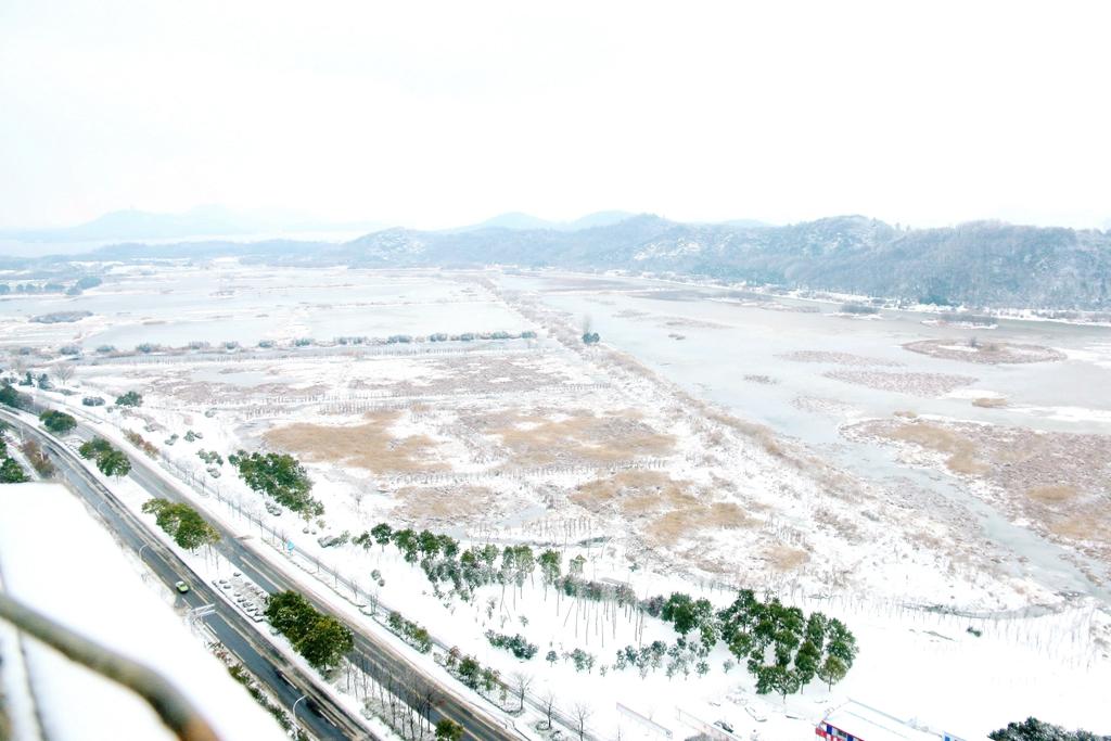 九 华 山 大 道、月 亮 湖