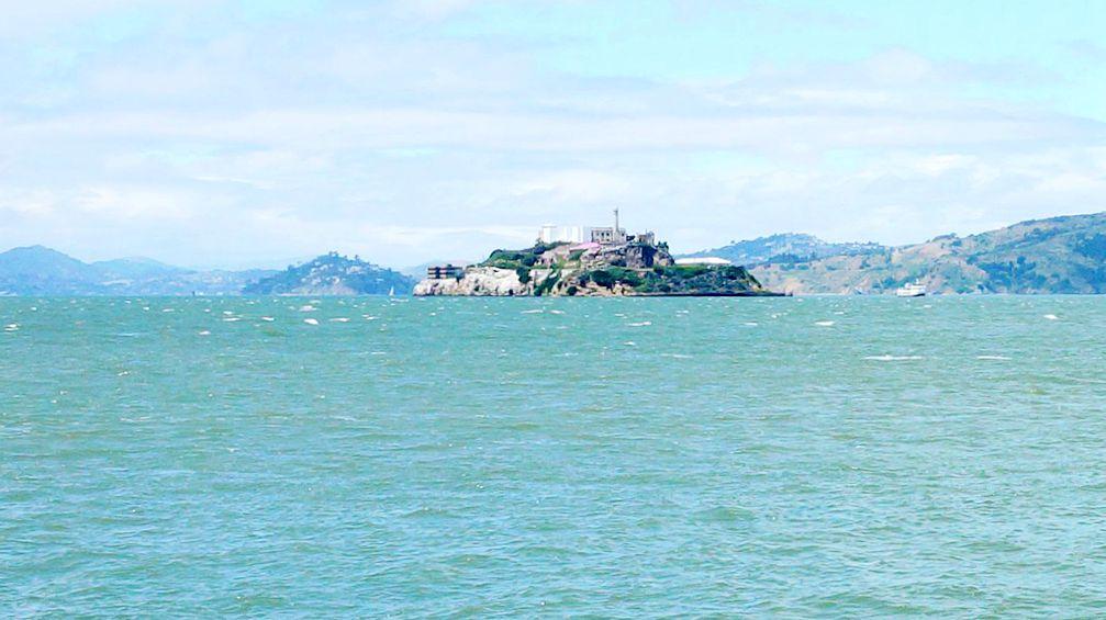 恶 魔 岛