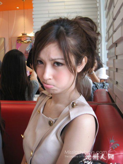 泰国第一人妖美女~太纠结了… 七嘴八舌